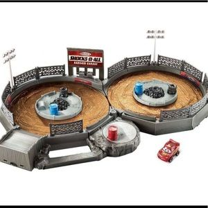 Disney Pixar Cars Crank & Crash Derby Playset